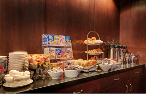 Free continental breakfast for all guests