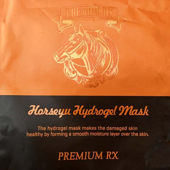 Face mask with horse oil